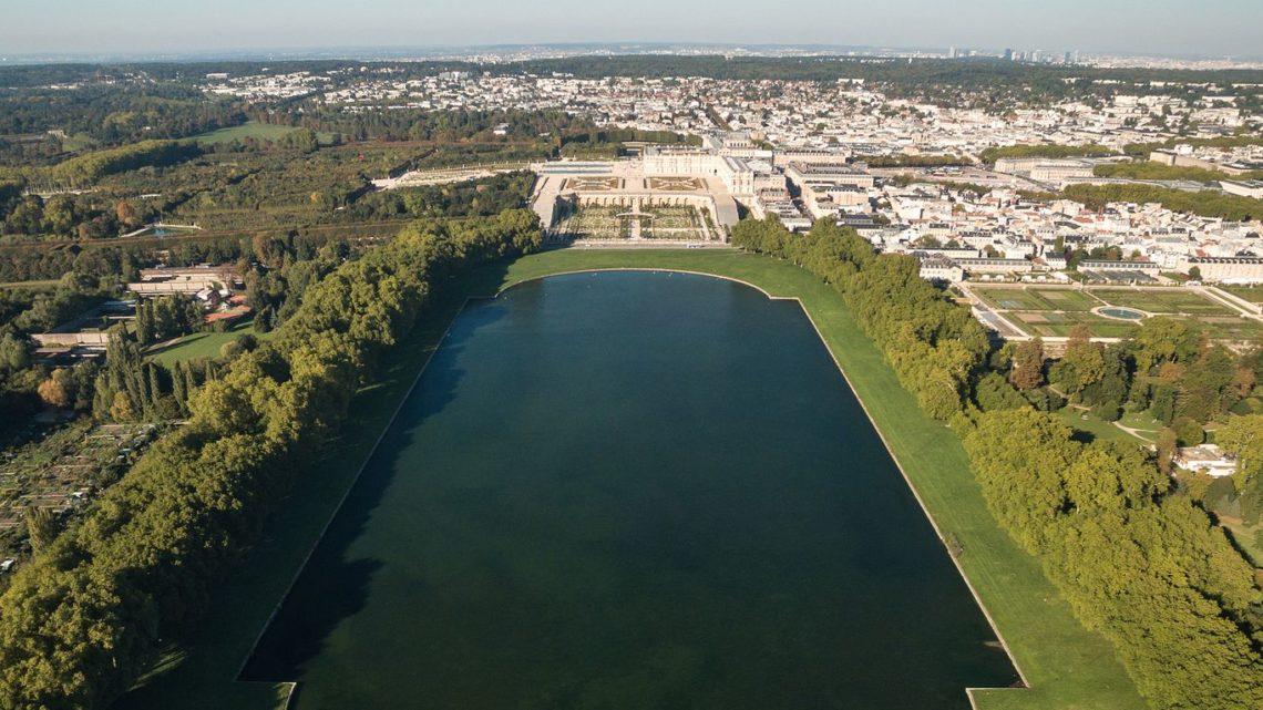 L'art décoratif de Versailles les Façades en trompe l'oeil