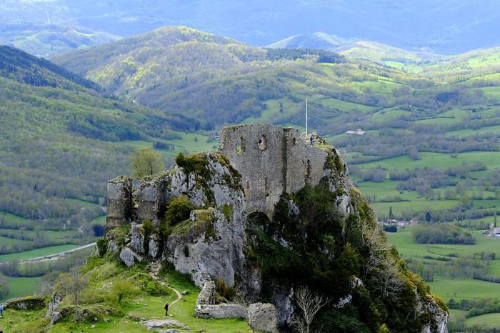 Le château de Roquefixade