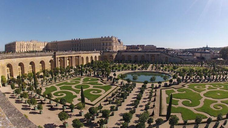 Château de Versailles et découvrir le grand et petit Trianon