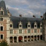 Cinq châteaux en France aux reconversions surprenantes