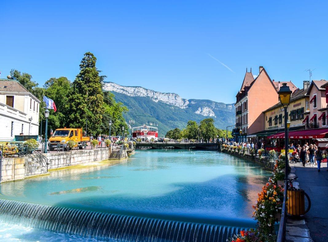 Visiter les châteaux d'Annecy : comment s'y prendre ?