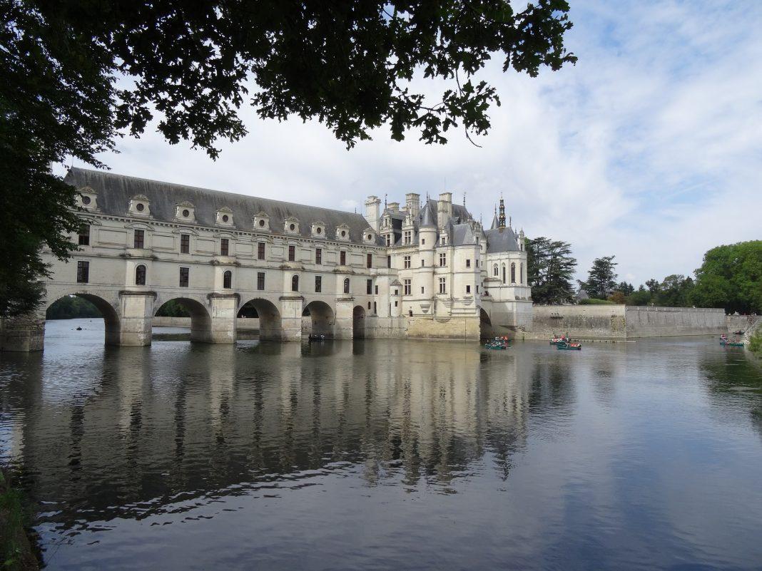 Découvrir les châteaux de la Loire en camping-car : nos conseils
