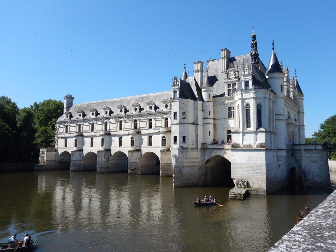 Où séjourner pour visiter les châteaux de la Loire ?